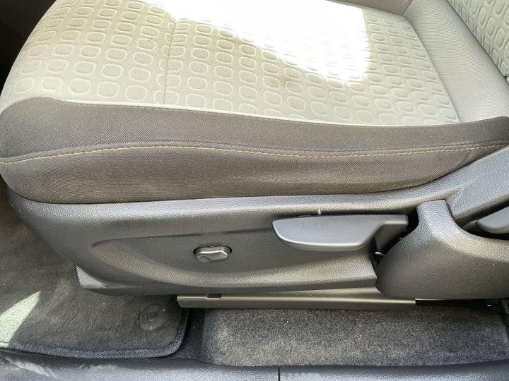 Chevrolet Trax-DRIVER SIDE ADJUSTMENT PANEL
