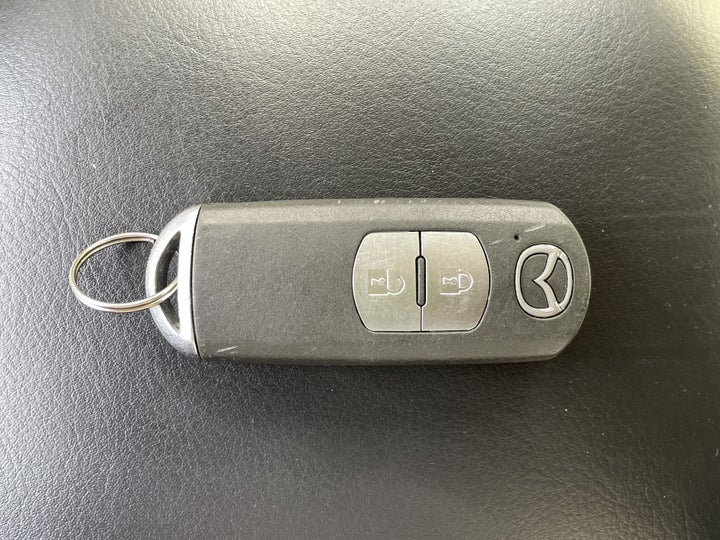Mazda CX-5-KEY CLOSE-UP