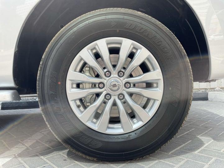 Nissan Patrol-RIGHT FRONT WHEEL