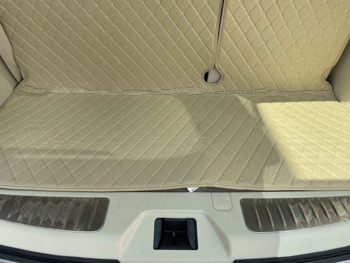 Nissan Patrol-BOOT INSIDE VIEW