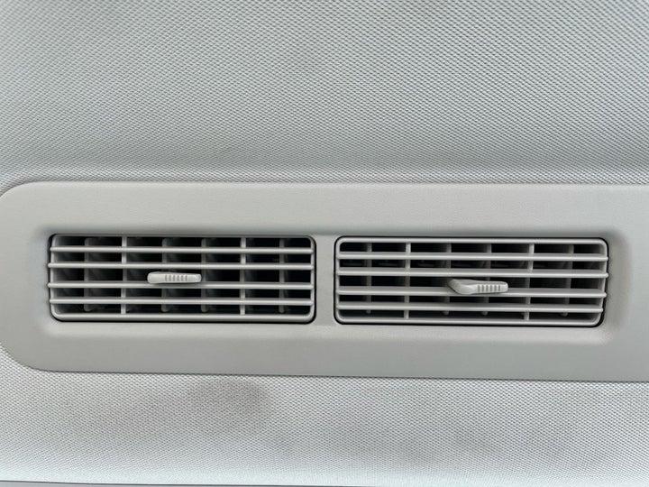 Nissan Patrol-REAR AC VENT