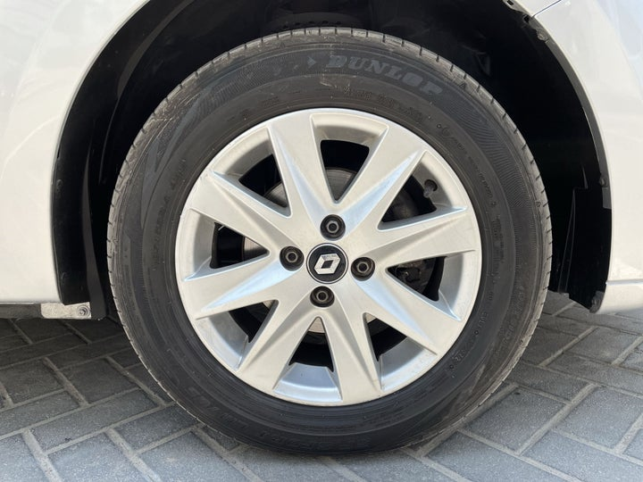 Renault Symbol-RIGHT FRONT WHEEL