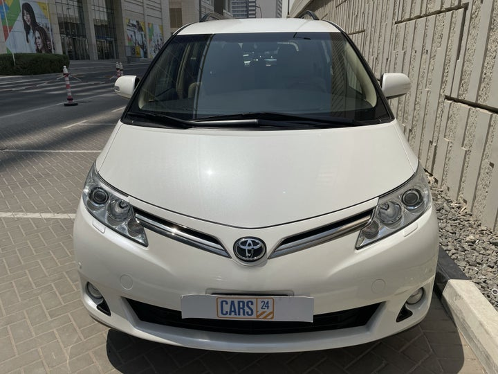 Toyota Previa-FRONT VIEW