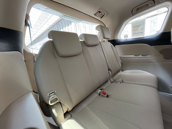 Toyota Previa-THIRD SEAT ROW (ONLY IF APPLICABLE - EG. SUVS)