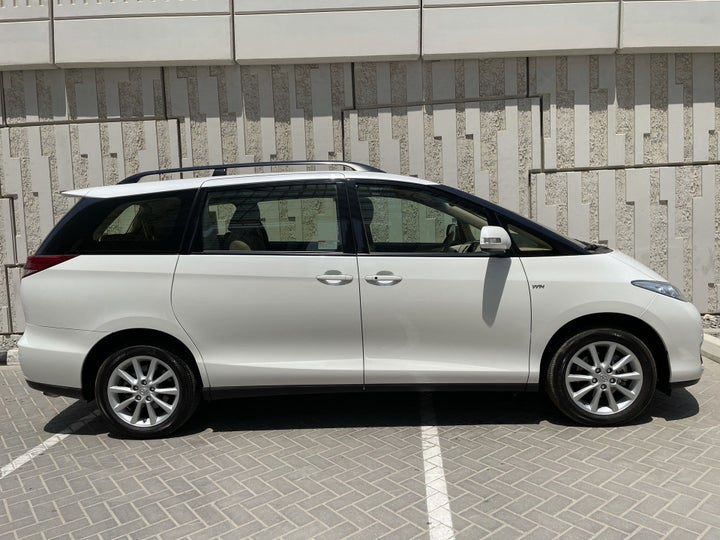 Toyota Previa-RIGHT SIDE VIEW