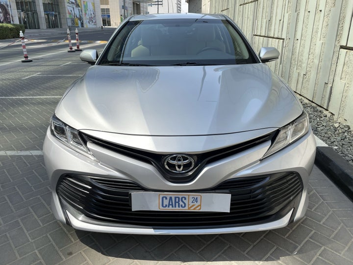 Toyota Camry-FRONT VIEW