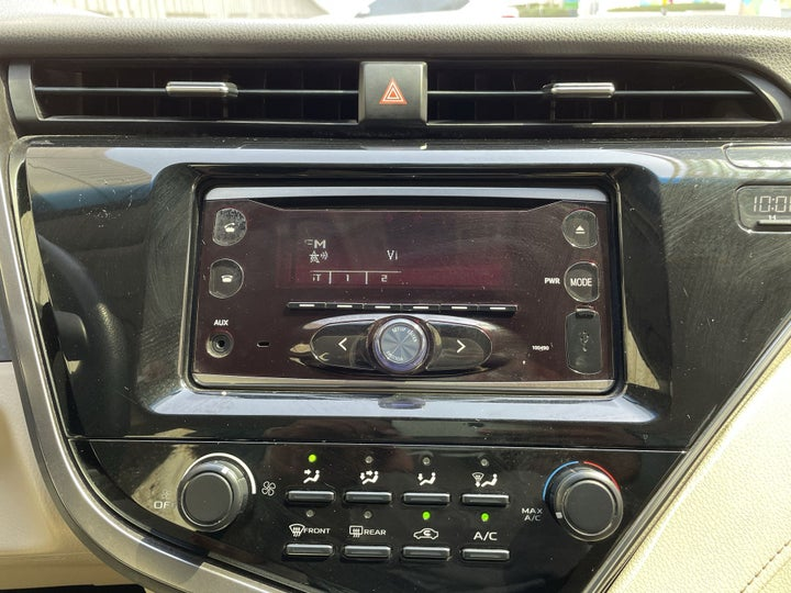 Toyota Camry-CENTER CONSOLE