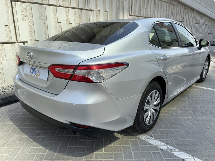 Toyota Camry-RIGHT BACK DIAGONAL (45-DEGREE VIEW)