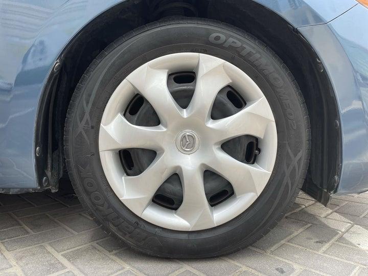 Mazda 3-RIGHT FRONT WHEEL