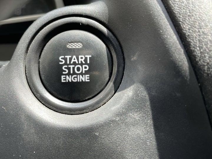 Mazda 3-KEYLESS / BUTTON START