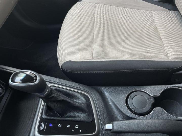 Hyundai Accent-GEAR LEVER