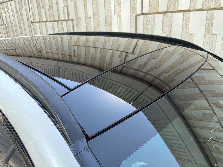 Mercedes Benz GLC 63-ROOF/SUNROOF