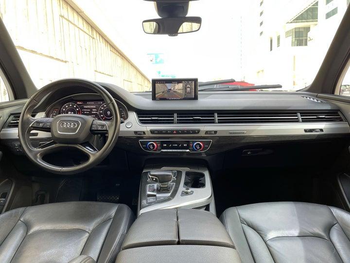 Audi Q7-DASHBOARD VIEW