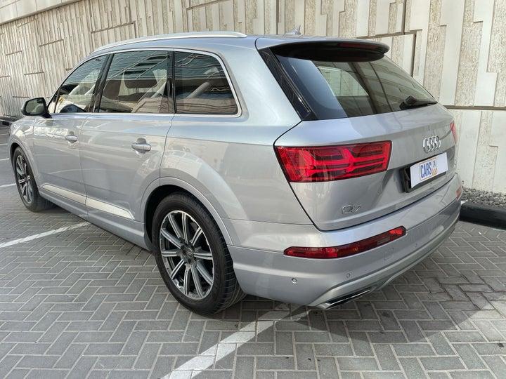Audi Q7-LEFT BACK DIAGONAL (45-DEGREE) VIEW