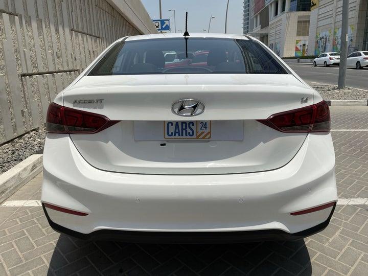 Hyundai Accent-BACK / REAR VIEW