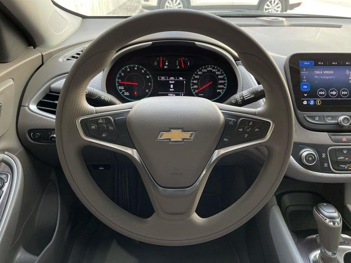 Chevrolet Malibu-STEERING WHEEL CLOSE-UP