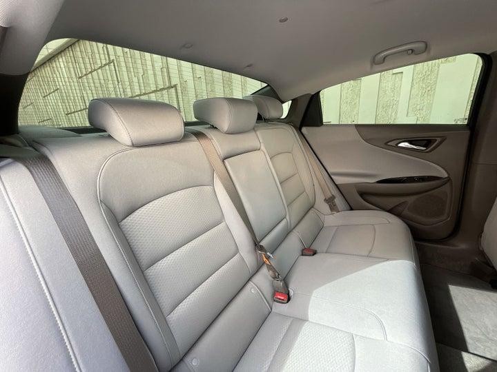 Chevrolet Malibu-RIGHT SIDE REAR DOOR CABIN VIEW