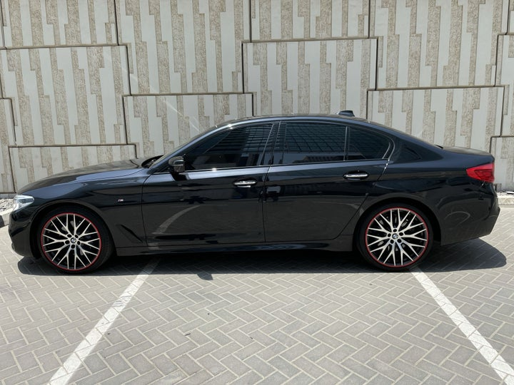 BMW 5 Series-LEFT SIDE VIEW