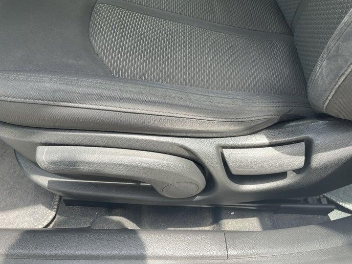 Hyundai Sonata-DRIVER SIDE ADJUSTMENT PANEL