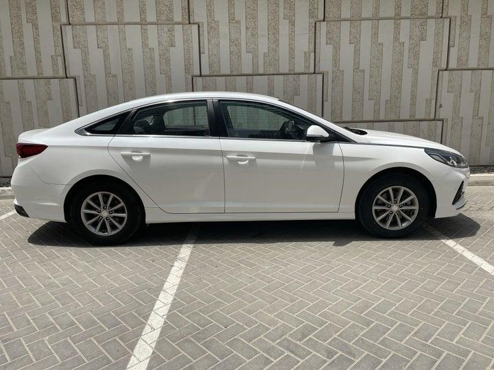 Hyundai Sonata-RIGHT SIDE VIEW