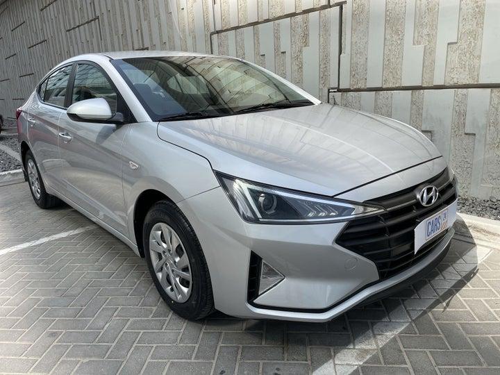 Hyundai Elantra-RIGHT FRONT DIAGONAL (45-DEGREE) VIEW
