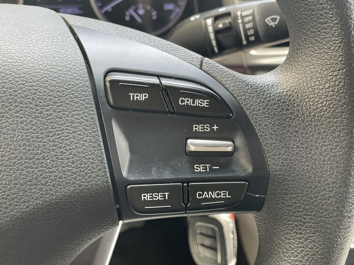 Hyundai Elantra-CRUISE CONTROL
