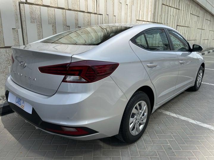 Hyundai Elantra-RIGHT BACK DIAGONAL (45-DEGREE VIEW)