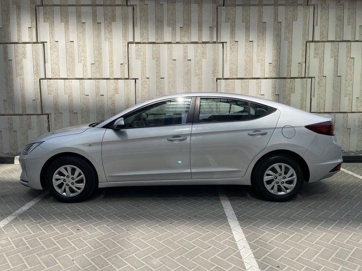 Hyundai Elantra-LEFT SIDE VIEW