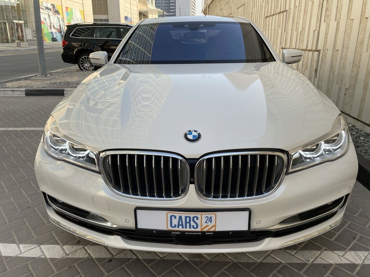 BMW 7 Series-FRONT VIEW