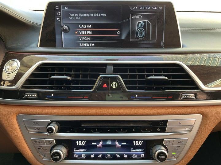 BMW 7 Series-CENTER CONSOLE