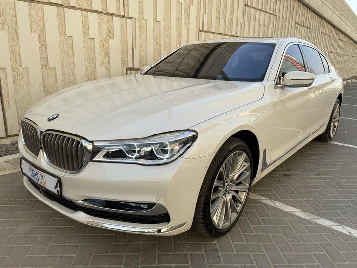 BMW 7 Series-LEFT FRONT DIAGONAL (45-DEGREE) VIEW