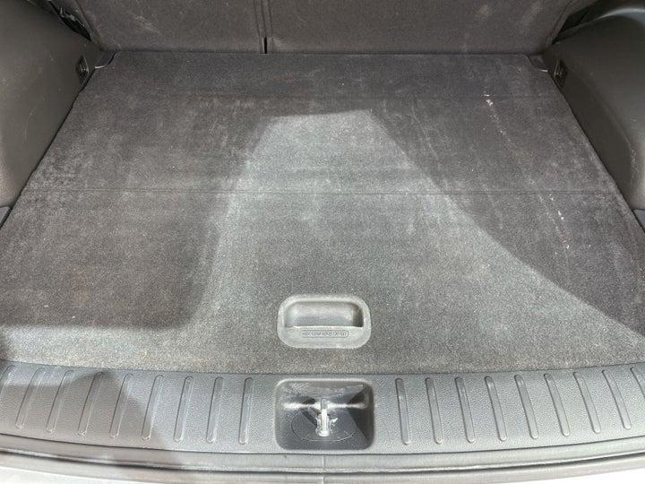 Hyundai Tucson-BOOT INSIDE VIEW