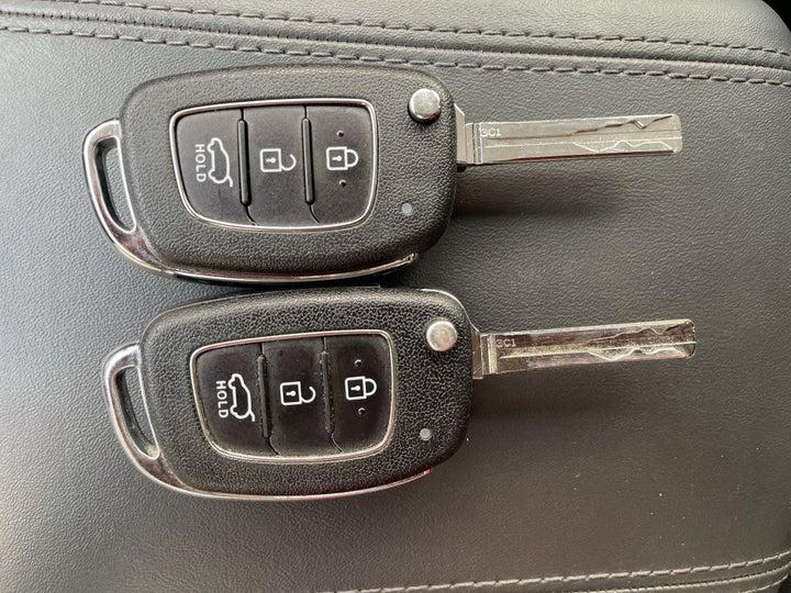 Hyundai Tucson-KEY CLOSE-UP