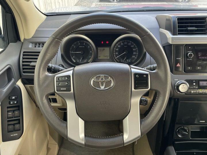 Toyota Prado-STEERING WHEEL CLOSE-UP