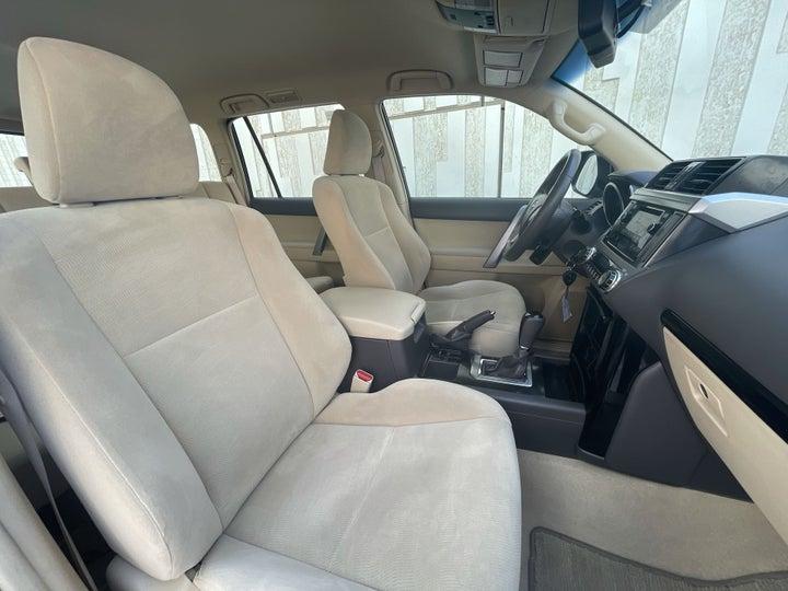 Toyota Prado-RIGHT SIDE FRONT DOOR CABIN VIEW