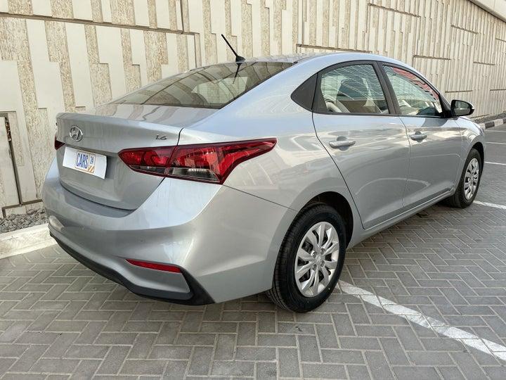 Hyundai Accent-RIGHT BACK DIAGONAL (45-DEGREE VIEW)