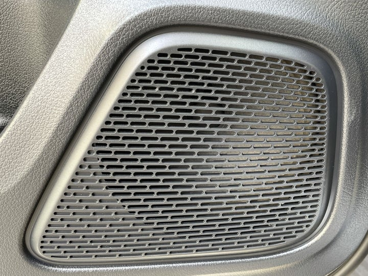 Mercedes Benz A-Class-SPEAKERS