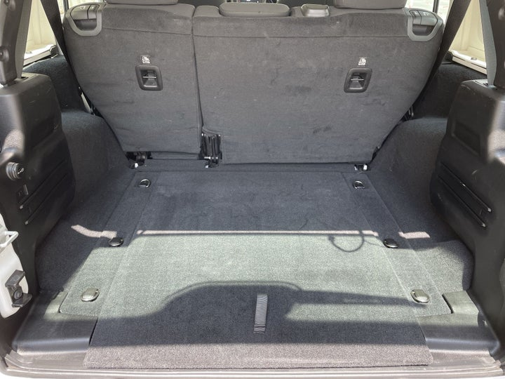 Jeep Wrangler-BOOT INSIDE VIEW