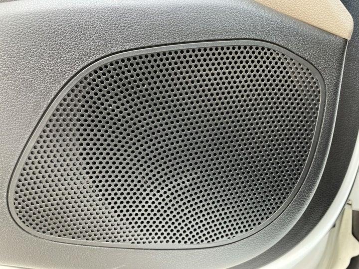 Hyundai Accent-SPEAKERS