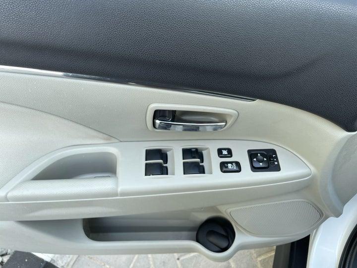 Mitsubishi ASX-DRIVER SIDE DOOR PANEL CONTROLS