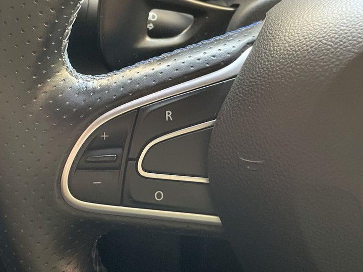 Renault Megane-CRUISE CONTROL