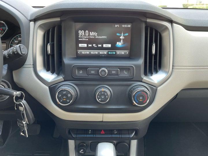Chevrolet Trailblazer-CENTER CONSOLE