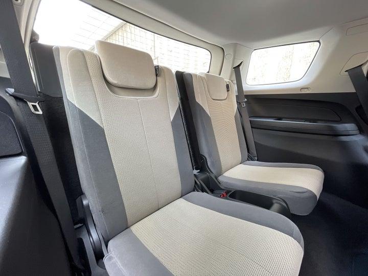 Chevrolet Trailblazer-THIRD SEAT ROW
