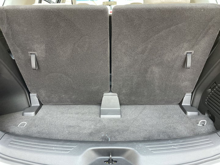Chevrolet Trailblazer-BOOT INSIDE VIEW