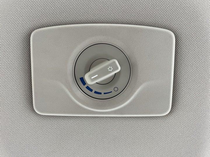 Chevrolet Trailblazer-REAR AC TEMPERATURE CONTROL