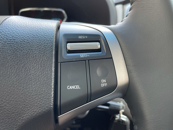 Chevrolet Trailblazer-CRUISE CONTROL