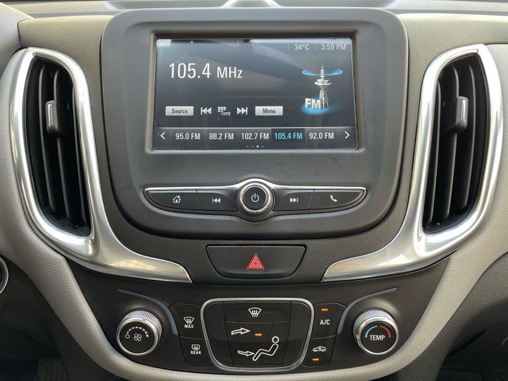Chevrolet Equinox-CENTER CONSOLE