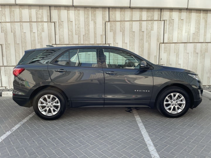 Chevrolet Equinox-RIGHT SIDE VIEW