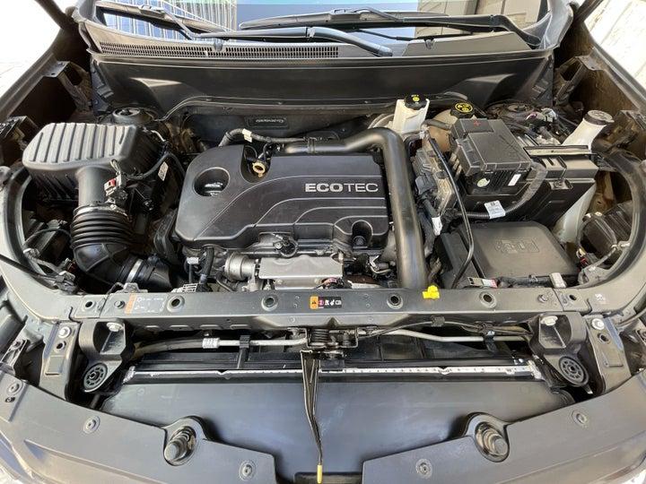 Chevrolet Equinox-OPEN BONNET (ENGINE) VIEW