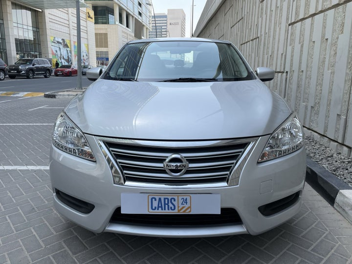 Nissan Sentra-FRONT VIEW